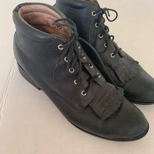 Ariat Josie Equestrian Lace Up Booties